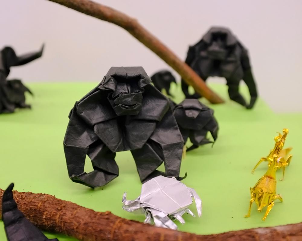 折り紙ゴリラ